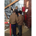 Y6 Trip to Ipswich Museum for a  WW2 workshop