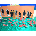 Y1 created their own poppy stones and silhouettes