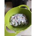 mix the lard and muesli together