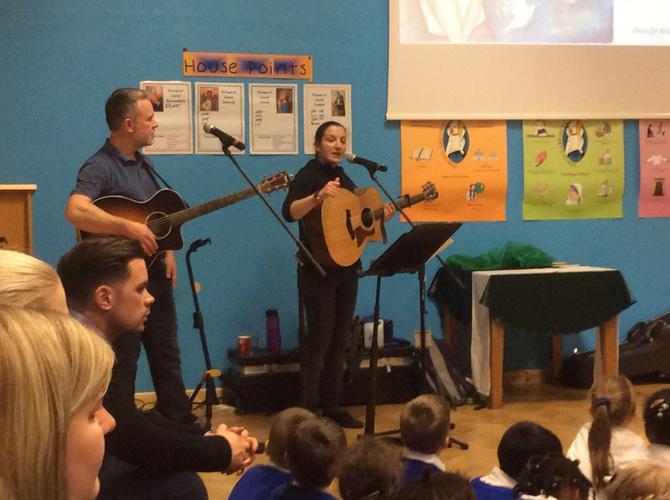 Dan & Emily (One Life Music) in school - Nov 2016