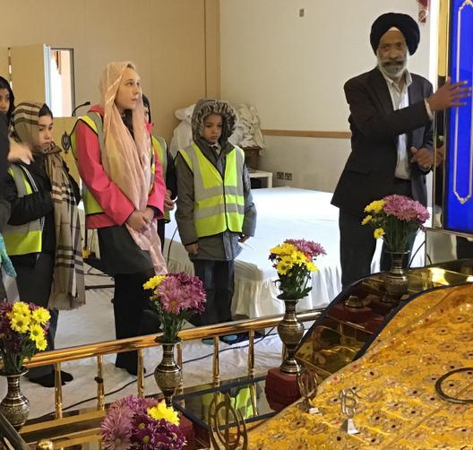 Y5 visited the Guru Nanak Gurdwara, Walsall