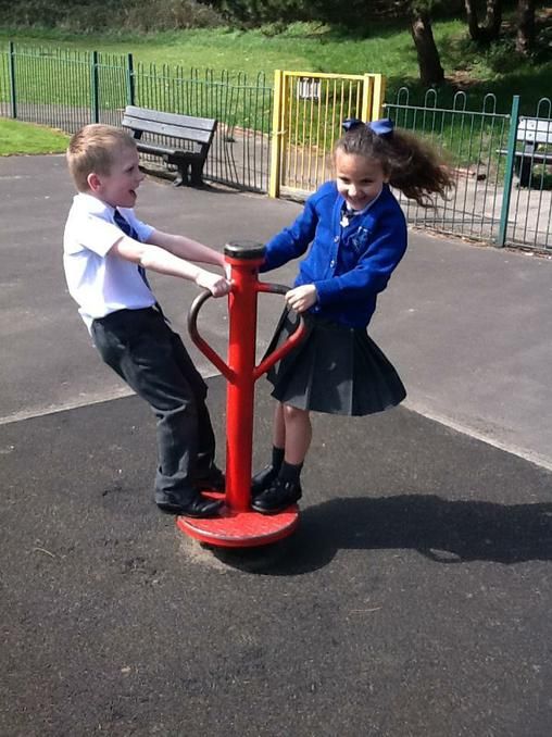 Year 1 stopped off on the park.