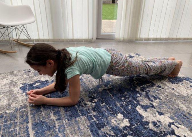 Victoria, plank held for 1.06 minutes