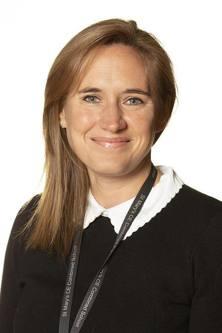 Mrs Amy Hoaen - Year 1 Teacher & Art