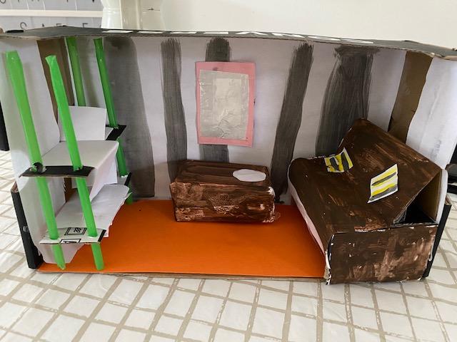 Titanic diorama (a crew room)
