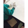 Handling artefacts
