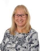Mrs L Drinkwater - Administration/Attendance Officer, DDSL