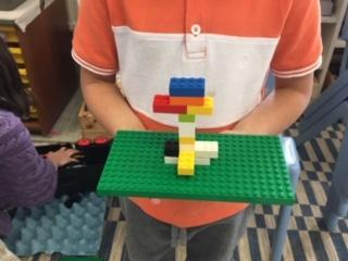 Lego challenge - build a tree in 5 minutes