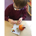 Christingle making