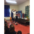 Mr. Fun came to do some Science experiments