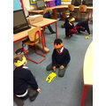 Programing bee-bots in ICT