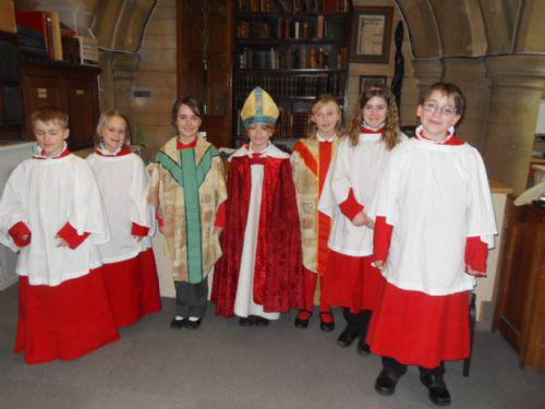 Dressing up in different vestments