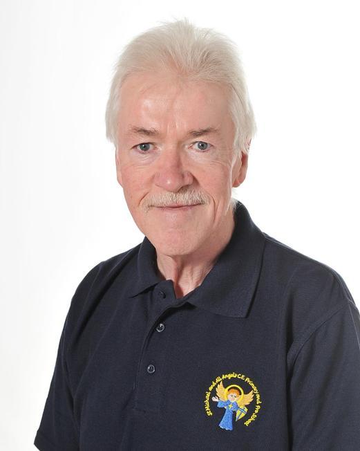 Mr Robert Nicholson