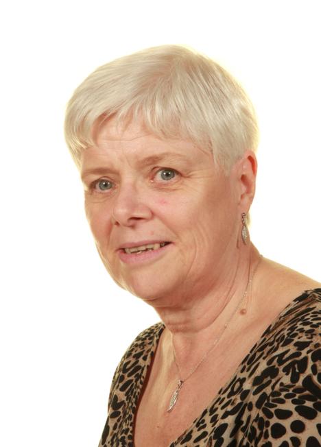Mrs Gill Nicholson, Higher Level Teaching Assistant