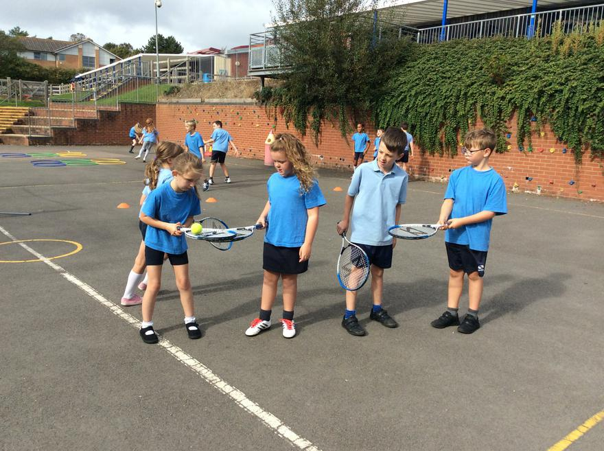 Year 4 Tennis Autumn term
