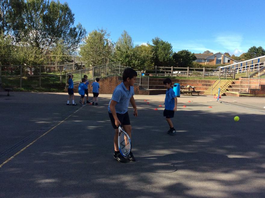 Y4 Tennis