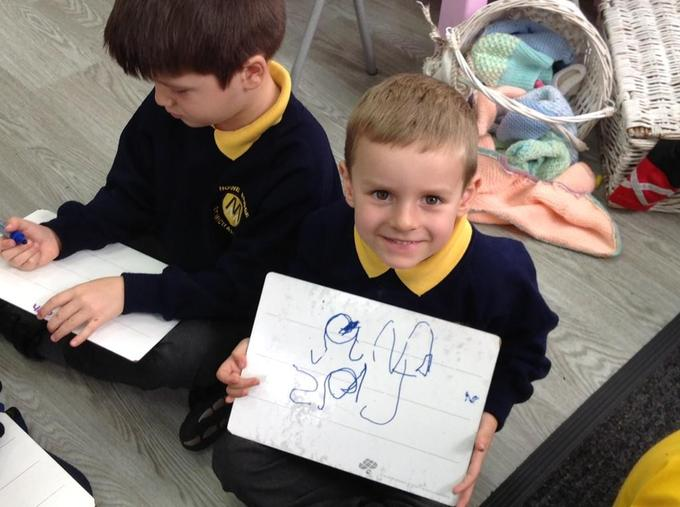 Matching phonemes to graphemes in Sounds Write phonics