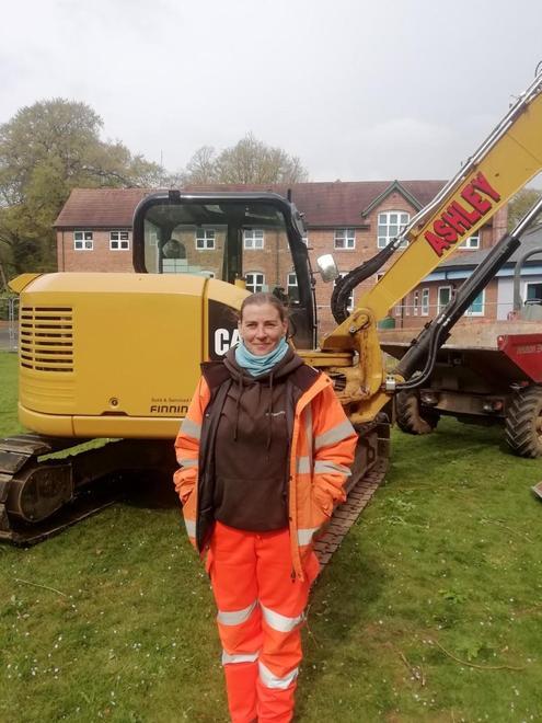 Helen - Archaeologist