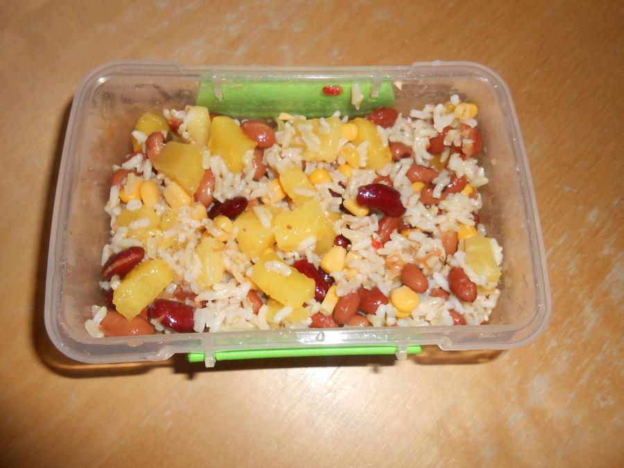 Brown rice, beans, corn and pineapple