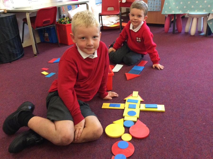 Making shapes using the 2D shapes