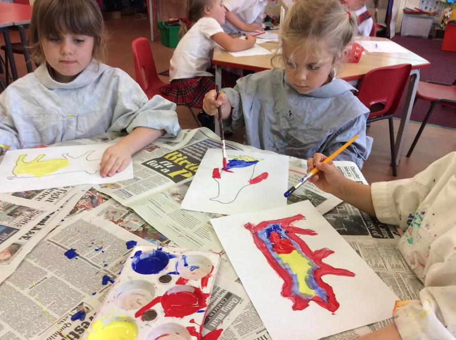 Painting using the primary colours