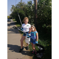 Yvie Y6 and Violet Y3 litter picking in Hurst