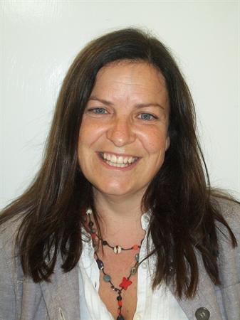 Mrs R Kelly (Teacher)