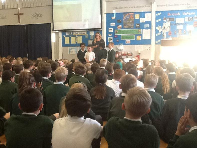 RH explaining how to stay safe online!