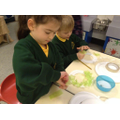 Year 1 make Christmas Wreaths!