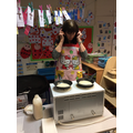 Mrs White is a super pancake maker!