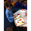 I can copy pictures made from 2D shapes.