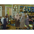 2Th shared the story of Palm Sunday.