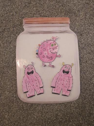 Pink jar = Feeling loves