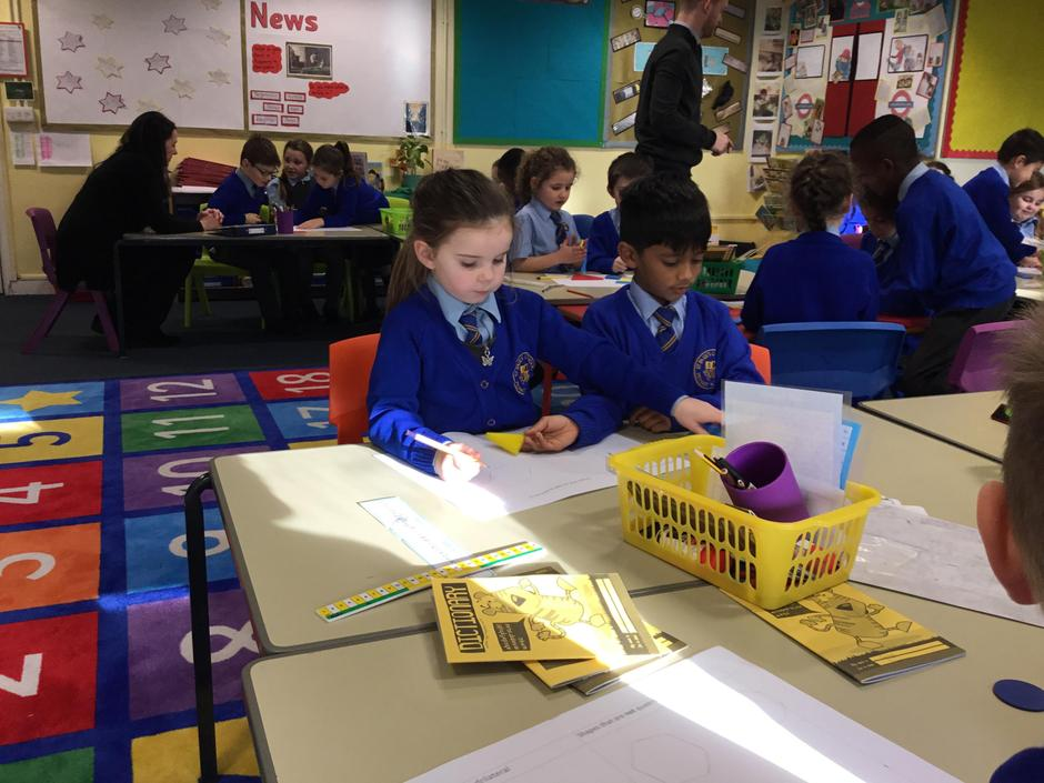 Sorting shapes in Maths