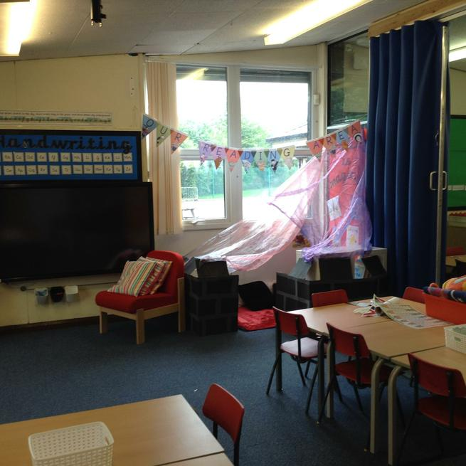 Ash 1 - Year 1 Reading Area