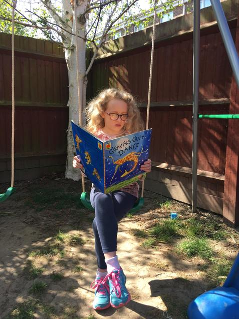 Chloe is extreme reading!