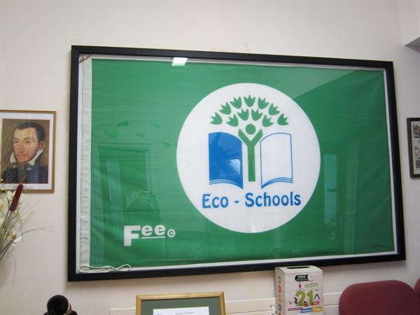 Eco-School Green Flag Awarded Oct 2009