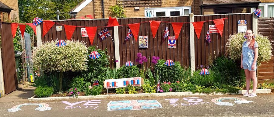 The finished V.E. street decorations