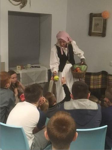 Visit from a story telling Smuggler