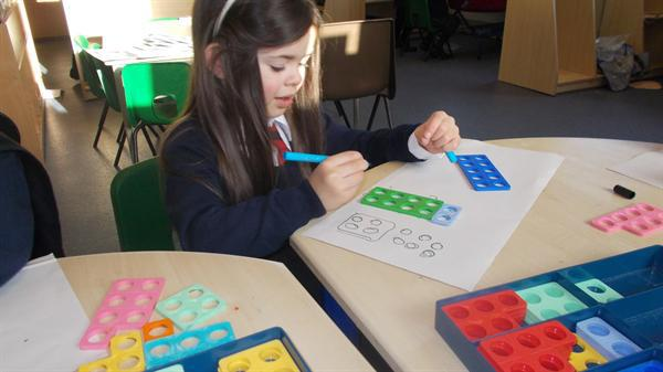 Numicon making 10