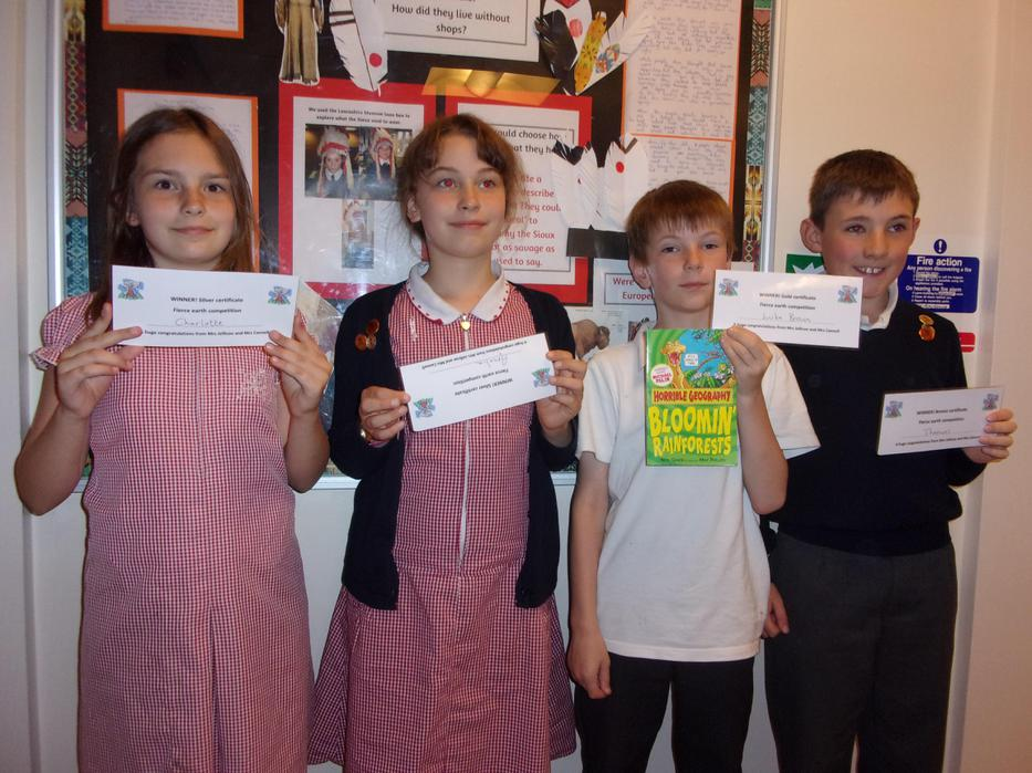 Y5 win prizes in the Geography competition!