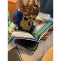 Leo -reading time