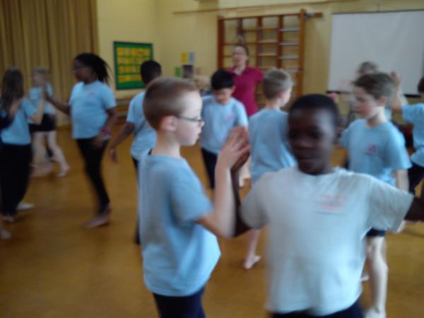 Y5 Do The Jive!