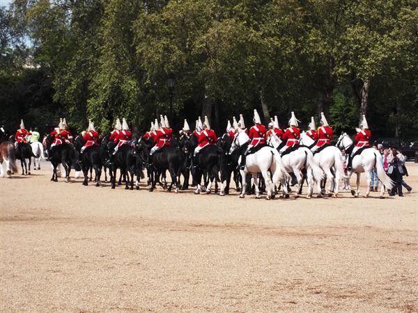 Heading back to Buckingham Palace