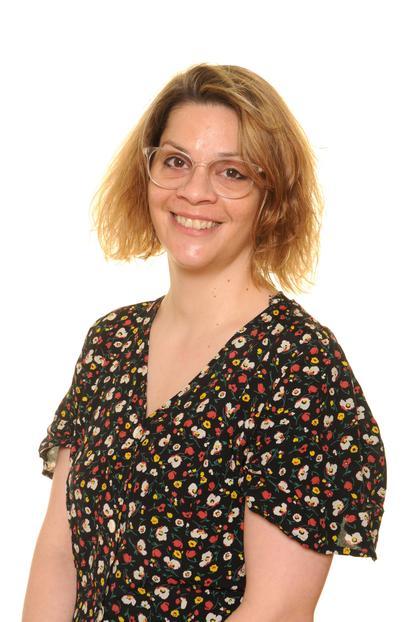 Zita Balla-Davis - Teacher