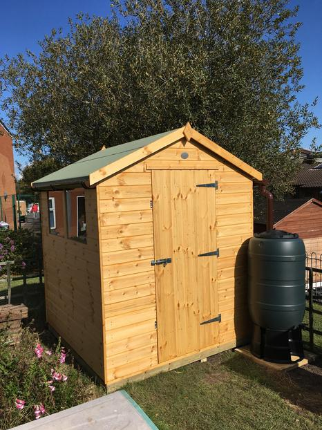The new shed: waterproof and cosy!
