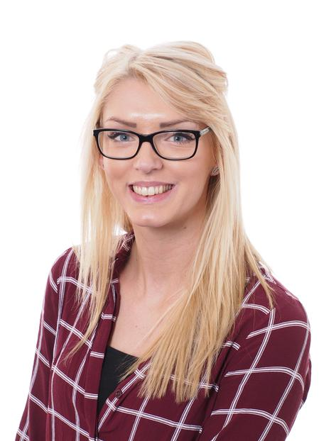 Zoe Bishop - Teacher
