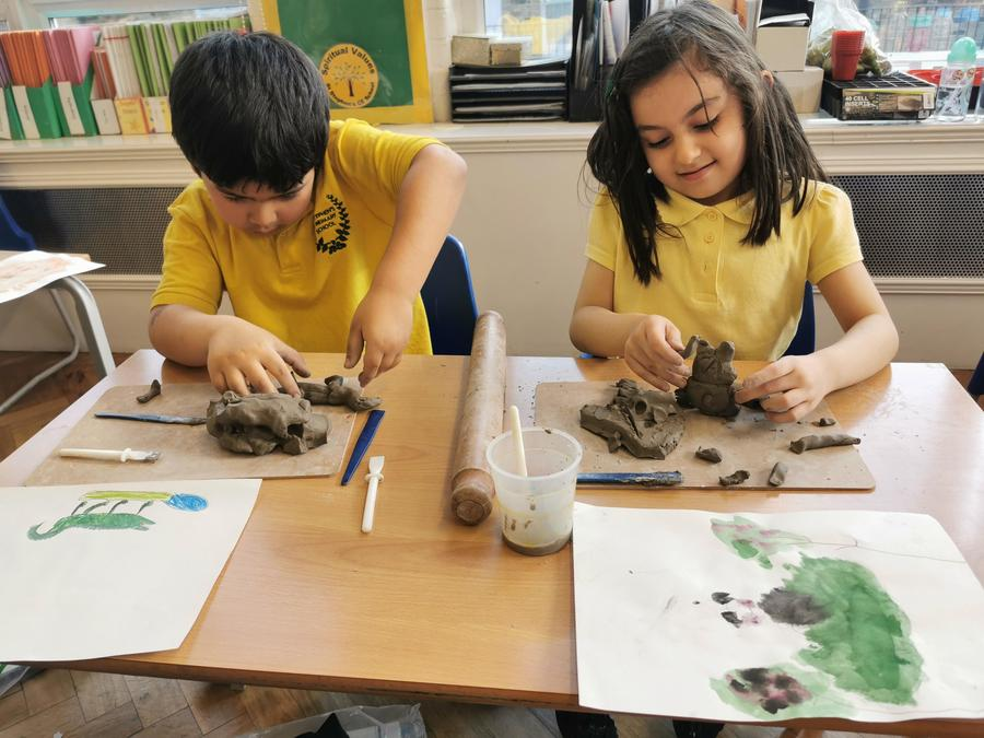 The children learnt how to create different textures in the clay using a variety of tools.