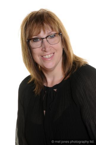 Lynsey Ankers - Headteacher (Safeguarding Lead)