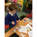 Stick, sock and hand puppets, workshops and more.